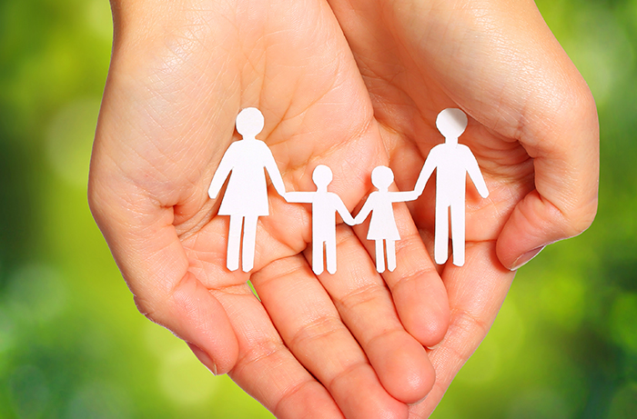 Right Tips To Follow For A Happy Family Relationship